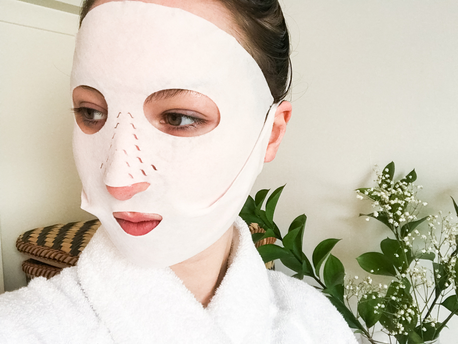 CHARLOTTE-TILBURY-INSTANT-DRY-MAGICAL-SHEET-MASK-REVIEW-style-rarebit (1 of 2)-2